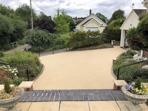 Resin bonded driveways Ely Cambs Paving