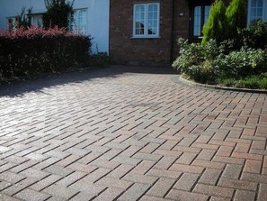 Block paving driveway installer Cambridgeshire Cambs Paving