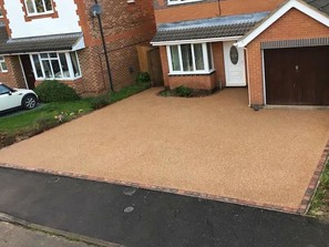Resin Bonded Driveways cambs paving Ely
